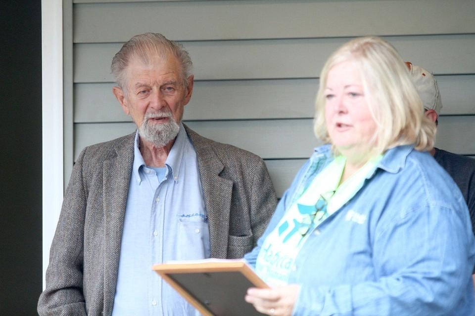 0fcf18c0968b7b11 - Two Families Get New Start in Habitat Homes