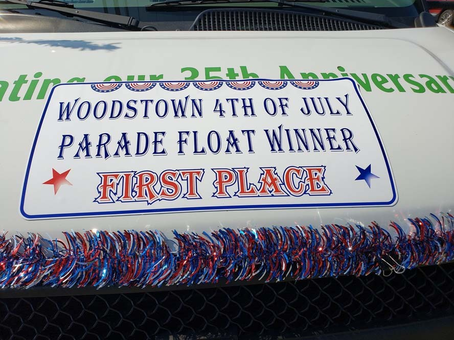 float1 - Another Fantastic Float Honoring Our Veterans and Military