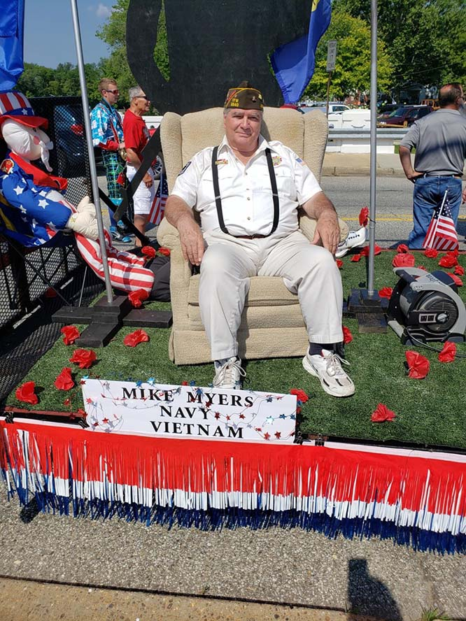 float5 - Another Fantastic Float Honoring Our Veterans and Military